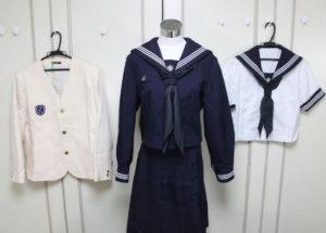 目白学園の制服