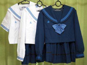 東浦高校の制服