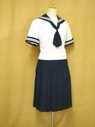 和洋国府台女子高等学校の制服