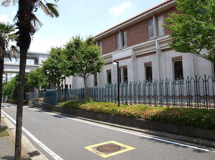 横浜共立学園中学校・横浜共立学園高校の制服