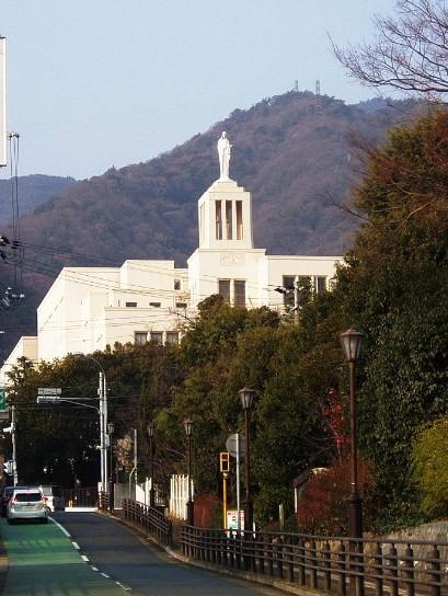 神戸海星女子学院中学校・神戸海星女子学院高校の制服