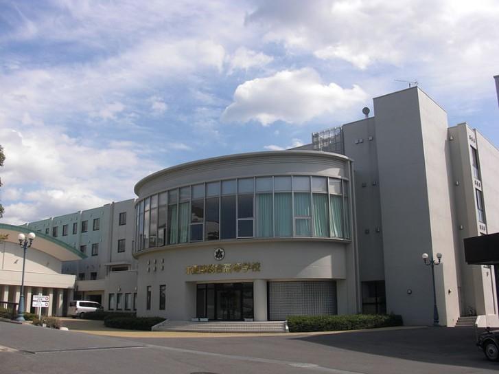 木更津総合高校の制服