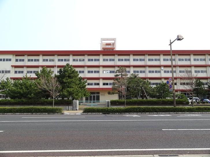 新潟商業高校の制服