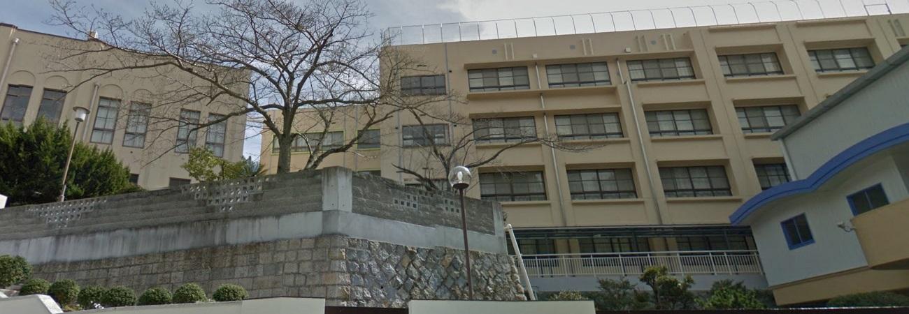 最新版】兵庫県中学校高校の制服...
