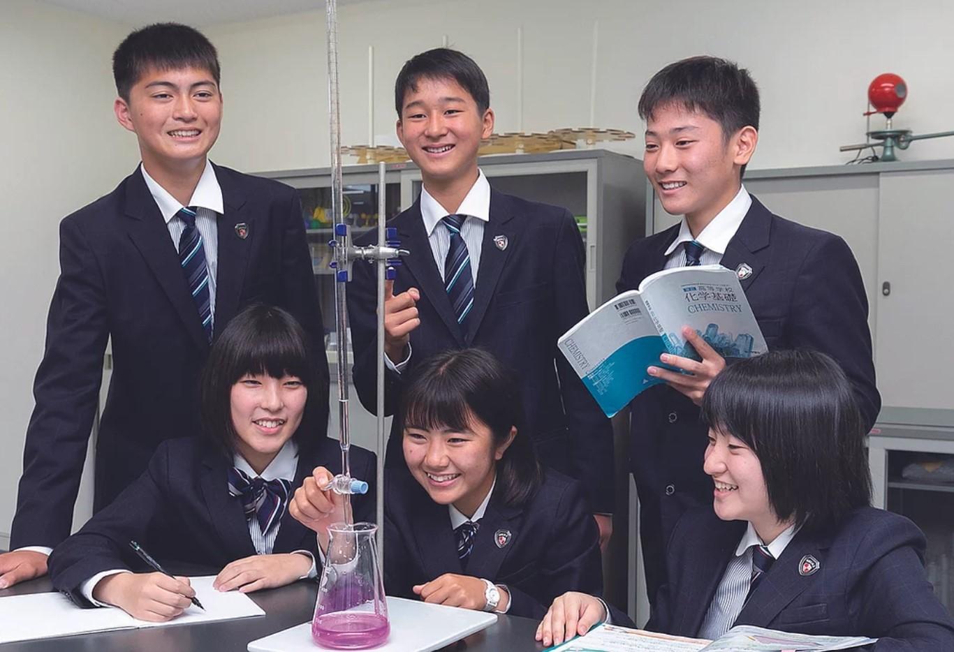 日本文理大学附属高等学校 大分県 制服買取